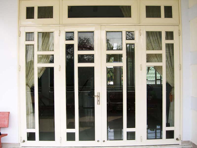 Cửa pano là gì? Vì sao cửa sắt pano sự lựa chọn hoàn hảo cho gia đình bạn?